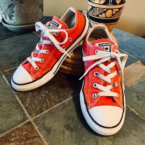 Red Classic Low Top Kid's Converse Youth Size 3